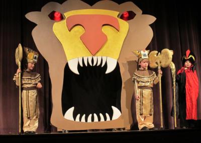 2017 Sowams School Production of Aladdin.4